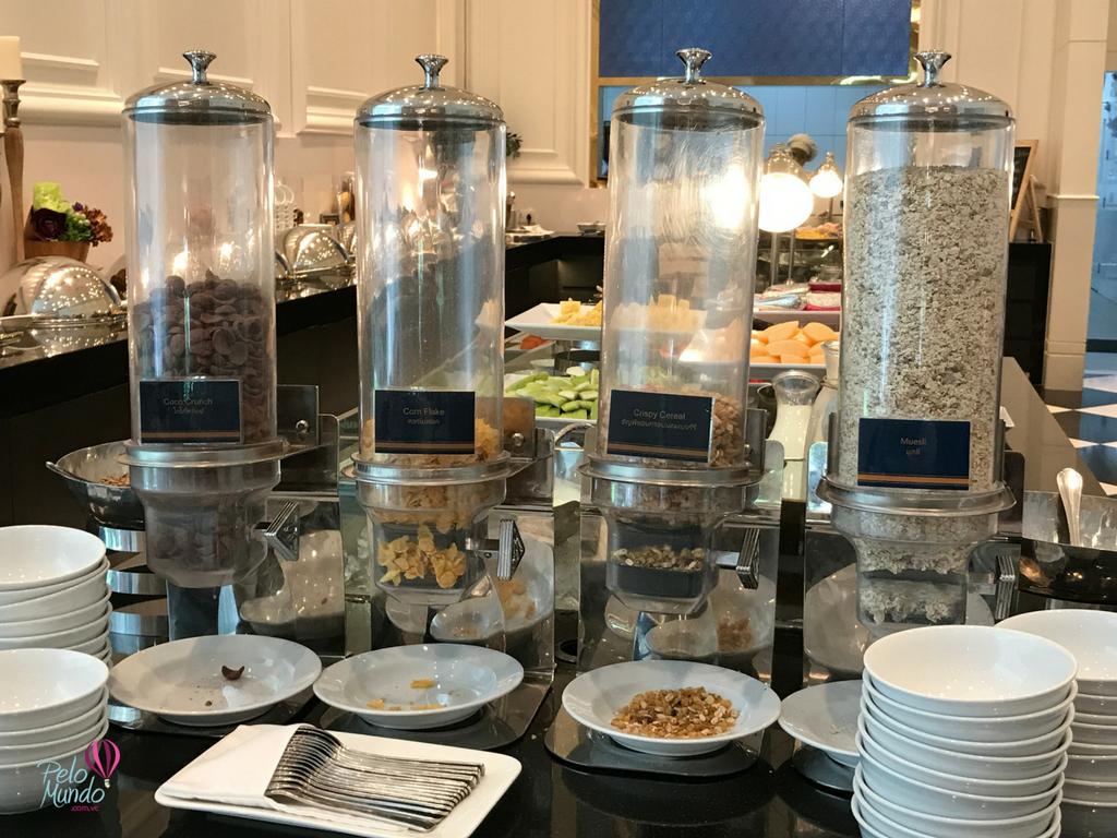 CAFÉ DA MANHÃ GRAND CENTRE POINT