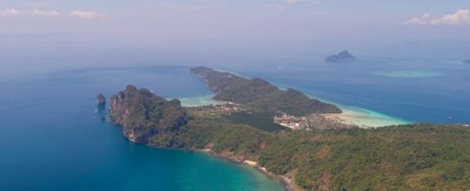 Vista aérea de Phi Phi